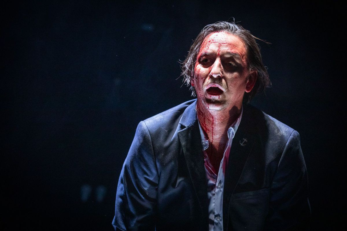 Julian Loidl, Medea, TAG Theater